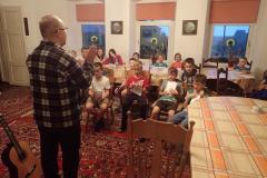 64-wieczorna-lekcja-śpiewu